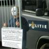 anoniem maskermeisje in betere tijden