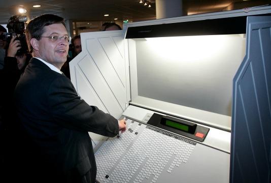 balkenendestemcomputer534.jpg