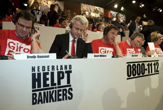 helpdebankiers534.jpg