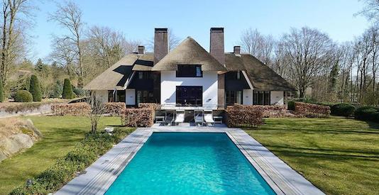 Geenstijl fotoos stop de crisis koop een villa for Huiskopen nl