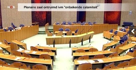 livepaniek477.jpg