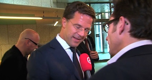 minpres_looking_at_things.jpg