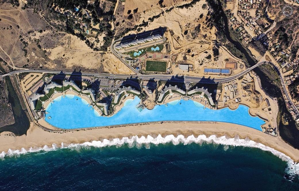 Geenstijl het grootste zwembad ter wereld for Piscine da sogno e da record