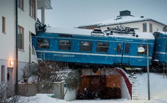 treinzwedensneeuwcrash.jpeg
