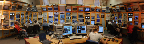 controlroomklein.jpg