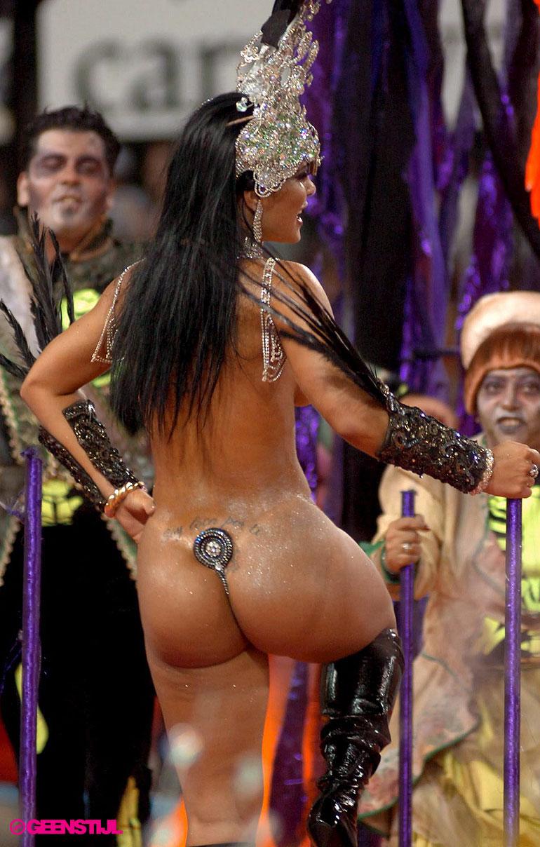бразильские девушки без нижнего белья прям