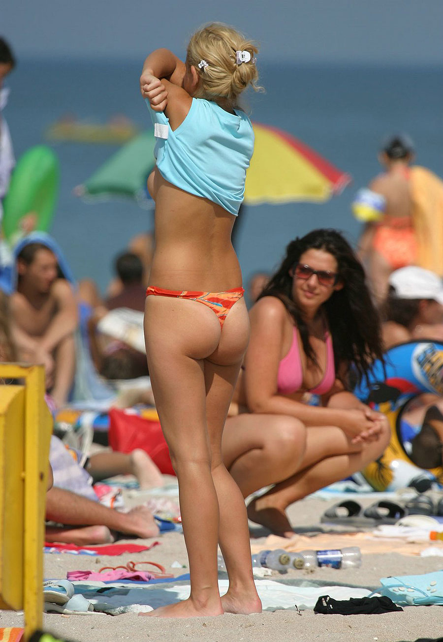 Girls Undressing On A Boat 2